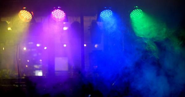 Đèn PAR LED và khói