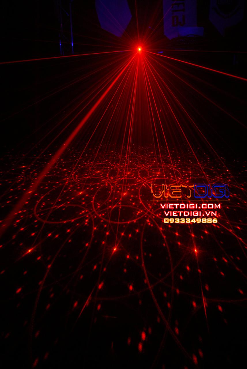 Hiệu ứng đèn 3 trong 1: Chớp LED + LED đổi mầu + Laser RG