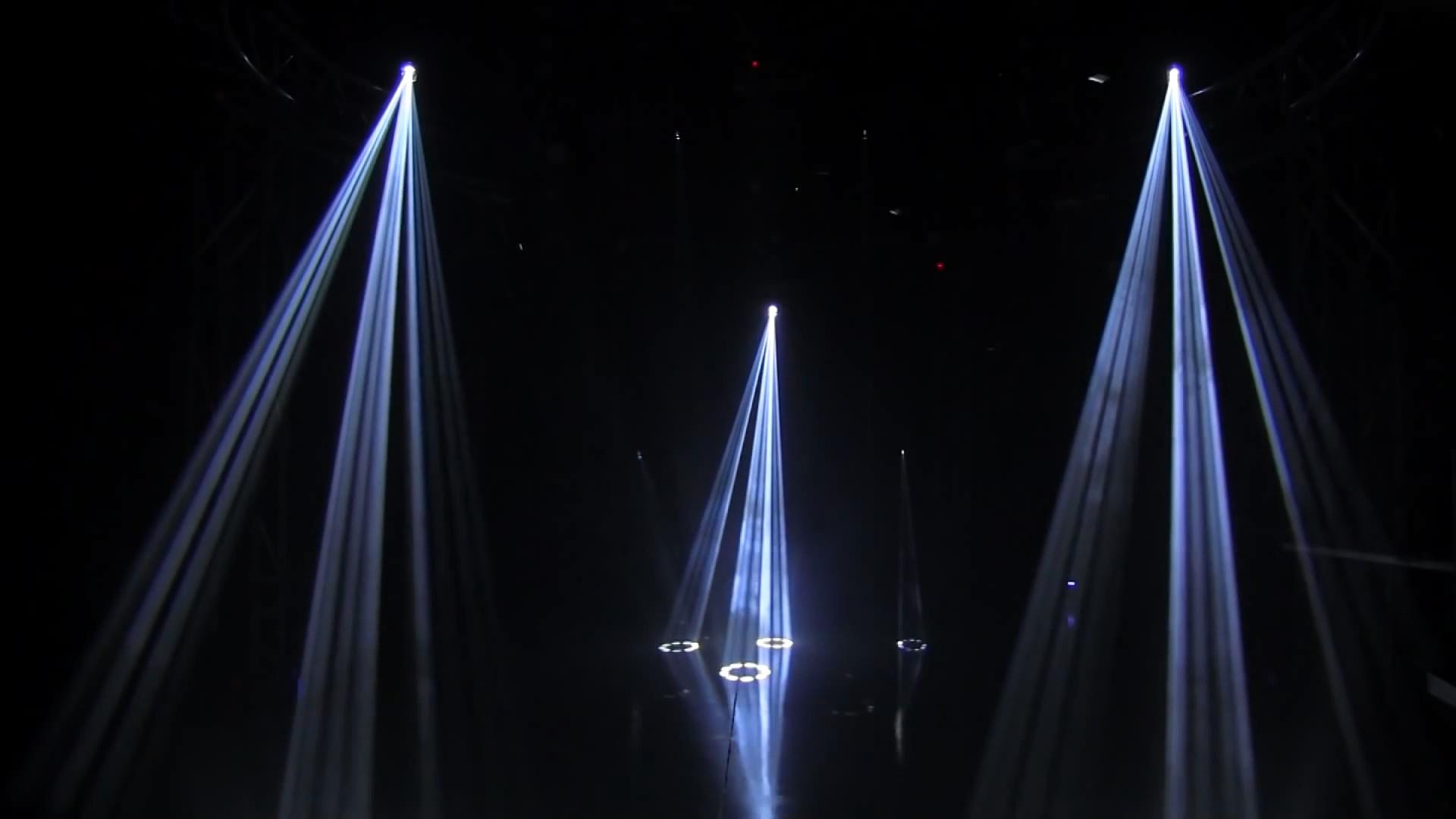 Đèn 4 trong 1 Sniper tạo hiệu ứng trên sân khấu