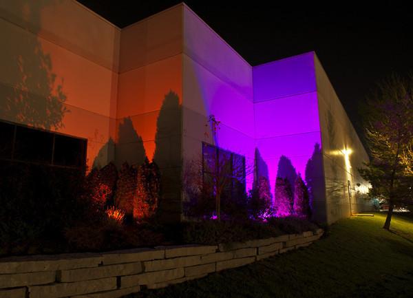 Ứng dụng chiếu sáng ngoài trời của đèn PAR LED 54x3W RGBW outdoor, chịu nước, sử dụng ngoài trời và hiệu ứng