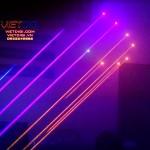 Bắn tia laser nhiều màu sắc