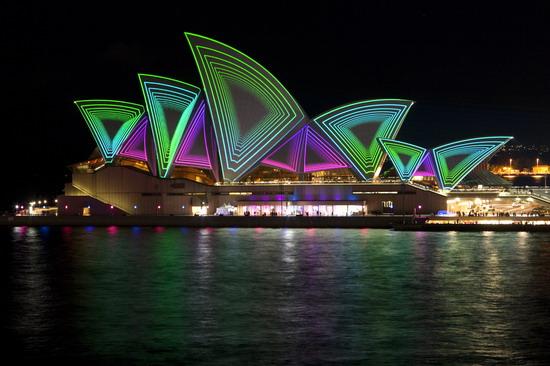 Thiết kế ánh sáng công trình kiến trúc, ánh sáng sân khấu, uy tín, chuyên nghiệp, đảm bảo chất lượng.