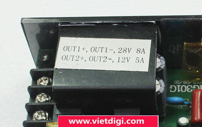 Các đầu ra điện áp là 28VDC và 12VDC