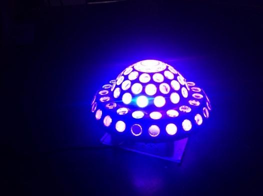 Đèn nấm đĩa bay, đèn led sân khấu, đèn laser sân khấu
