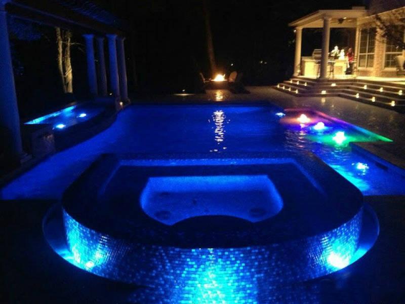 đèn chịu nước đổi màu