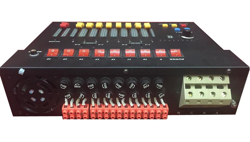 Mặt sau bàn điều khiển công suất đèn halogen par 64