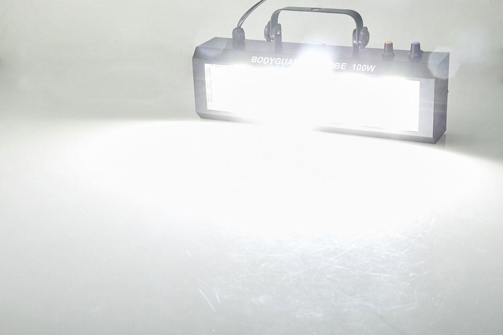 Ánh sáng cực mạnh từ đèn chớp LED trắng 100W