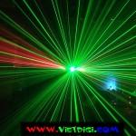 Chùm tia quét của đèn laser 6 mắt 3 màu Elisa