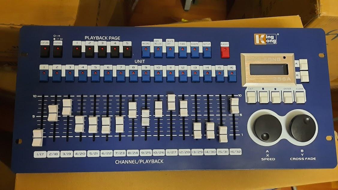 Bàn điều khiển DMX KK256A